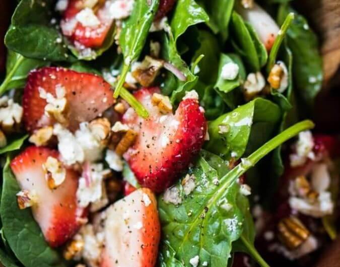 Paleo, Low Carb & Keto Strawberry Spinach Salad