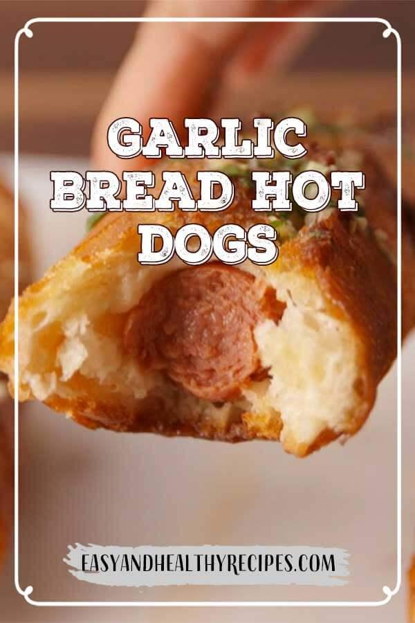 Garlic-Bread-Hot-Dogs